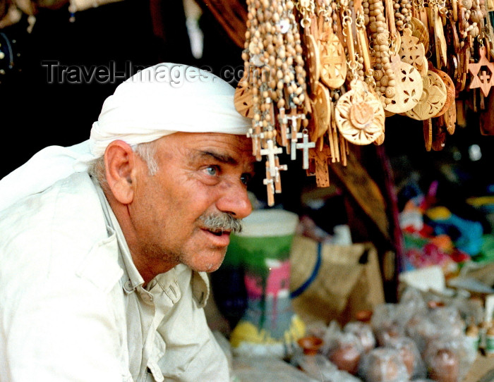 israel99: Israel - Jerusalem / Yerushalayim /  JRS : Arab merchant in the souk - East Jerusalem (photo by Gary Friedman) - (c) Travel-Images.com - Stock Photography agency - Image Bank