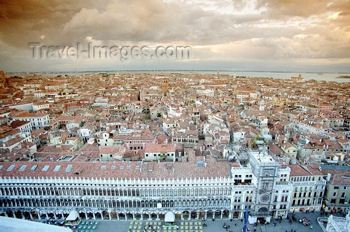 italy102: Italy - Venice / Venezia (Venetia / Veneto) / VCE : view from San Marco campanile - looking west towards Piazza San Marco and the San Marco district (photo by J.Kaman) - (c) Travel-Images.com - Stock Photography agency - Image Bank