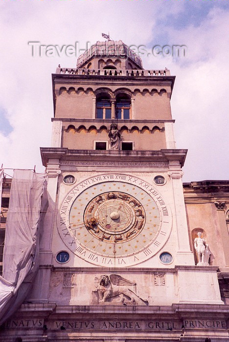 italy11: Padua / Padova  - Venetia / Veneto, Italy / QPA : Torre dell'Orologio - clock tower on Piazza dei Signori - photo by M.Torres - (c) Travel-Images.com - Stock Photography agency - Image Bank