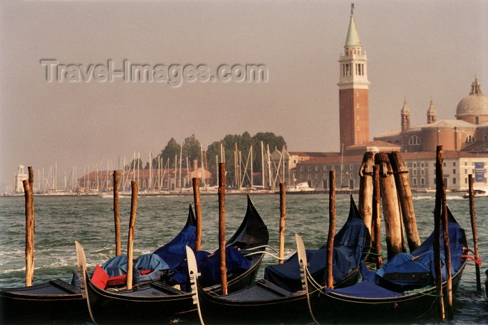 italy138: Venice: gondolas and San Giorgio Maggiore island (photo by J.Rabindra) - (c) Travel-Images.com - Stock Photography agency - Image Bank