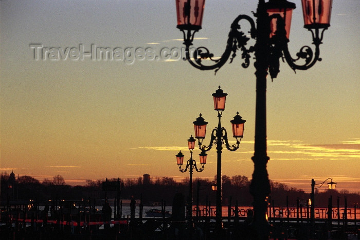 italy215: Italy / Italia - Venice: Piazza San Marco at sunrise - lamp posts (photo by M.Gunselman) - (c) Travel-Images.com - Stock Photography agency - Image Bank