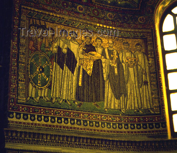italy223: Maranello - Ravenna (Emilia-Romagna): mosaic - Church of San Vitale - built by Byzantine Emperor Justinian I - Unesco world heritage site -   Early Christian Monuments and Mosaics of Ravenna (photo by G.Frysinger) - (c) Travel-Images.com - Stock Photography agency - Image Bank