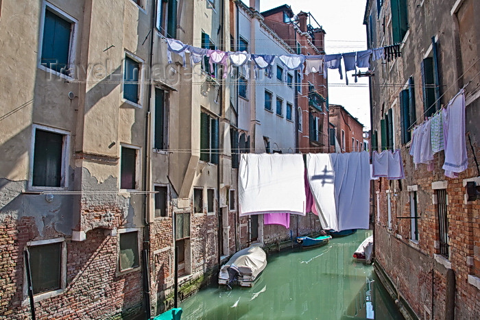 italy234: Venice, Italy: View from Ponte Ghetto Vecchio, Canneregio - photo by A.Beaton - (c) Travel-Images.com - Stock Photography agency - Image Bank