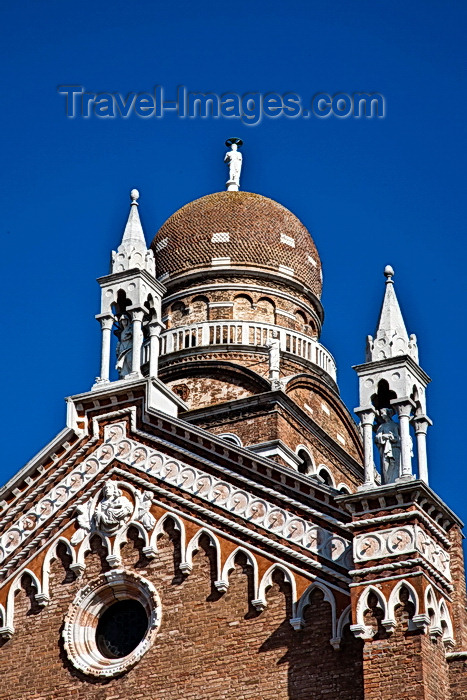 italy235: Chiesa de la Madonna, Venice - photo by A.Beaton - (c) Travel-Images.com - Stock Photography agency - Image Bank