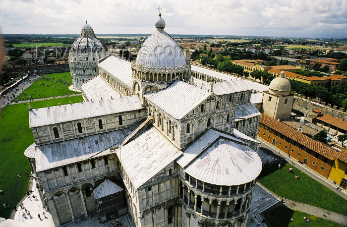 italy309: Italy / Italia - Pisa ( Toscany / Toscana ) / PSA : the Cathedral - detail seen from the tower (photo by W.Schmidt) - (c) Travel-Images.com - Stock Photography agency - Image Bank