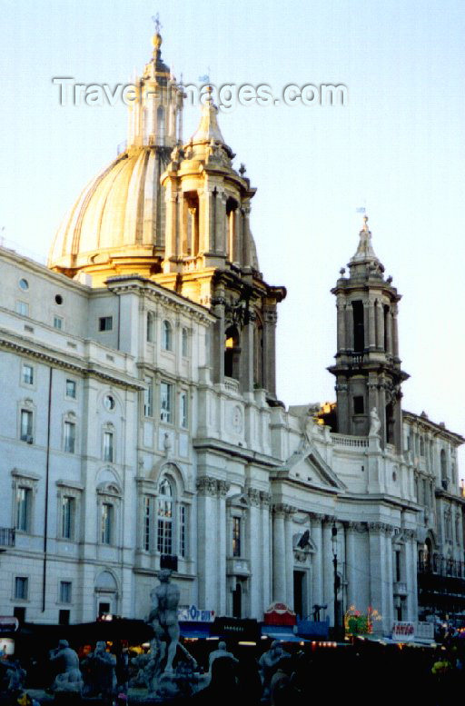 italy34: Italy / Italia - Rome: Piazza Navona - Church of St Agnese in Agony - photo by M.Torres - (c) Travel-Images.com - Stock Photography agency - Image Bank