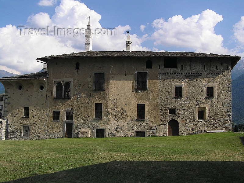 "italy346: Italy - Teglio, Sondrio province, Lombardy: Besta palace - Il rinascimentale ""palazzo Besta"" - photo by J.Kaman - (c) Travel-Images.com - Stock Photography agency - Image Bank"