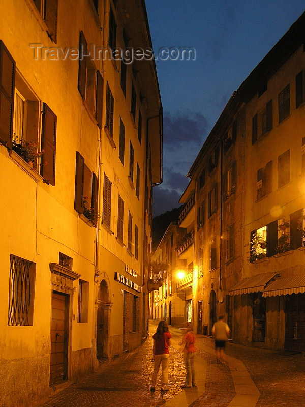 italy350: Italy - Chiavenna, Sondrio province, Lombardy: nocturnal - photo by J.Kaman - (c) Travel-Images.com - Stock Photography agency - Image Bank