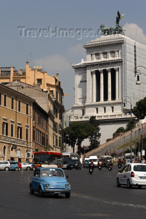 italy377: Rome, Italy - Topolino and the Vittorio Emanuele II monument - photo by A.Dnieprowsky / Travel-images.com - (c) Travel-Images.com - Stock Photography agency - Image Bank