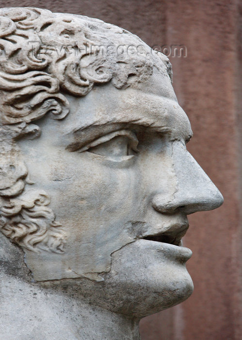 italy387: Rome, Italy - courtyard of Castel Sant'Angelo - detail of statue - photo by A.Dnieprowsky / Travel-images.com - (c) Travel-Images.com - Stock Photography agency - Image Bank
