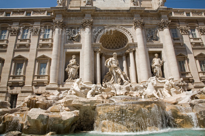 italy389: Rome, Italy: Fontana di Trevi and Palazzo Poli - photo by I.Middleton - (c) Travel-Images.com - Stock Photography agency - Image Bank