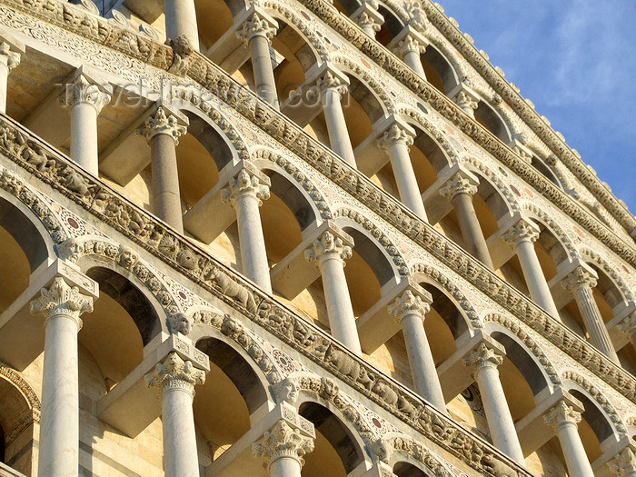 italy410: Pisa, Tuscany - Italy: façade of the Duomo, detail of the arches - photo by M.Bergsma - (c) Travel-Images.com - Stock Photography agency - Image Bank