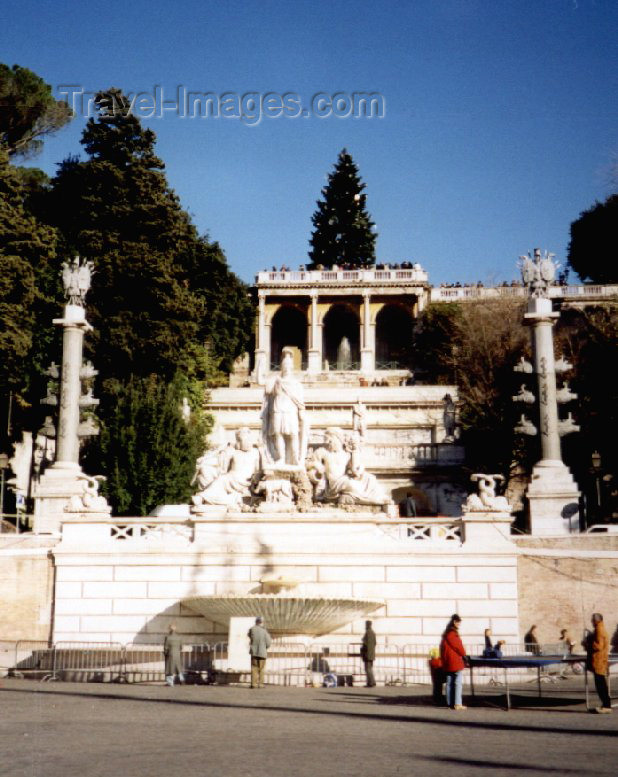 italy42: Italy / Italia - Rome: Piazza del Popolo - Pincian Hill - photo by M.Torres - (c) Travel-Images.com - Stock Photography agency - Image Bank