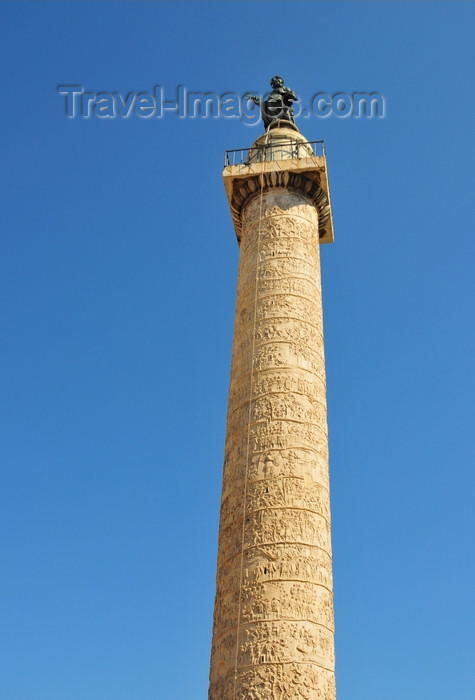 italy454: Rome, Italy: Trajan Column - built in Carrara marble by architect Apollodorus of Damascus - Piazza di Colonna Trajana - Forum of Trajan - Foro di Traiano - photo by M.Torres - (c) Travel-Images.com - Stock Photography agency - Image Bank