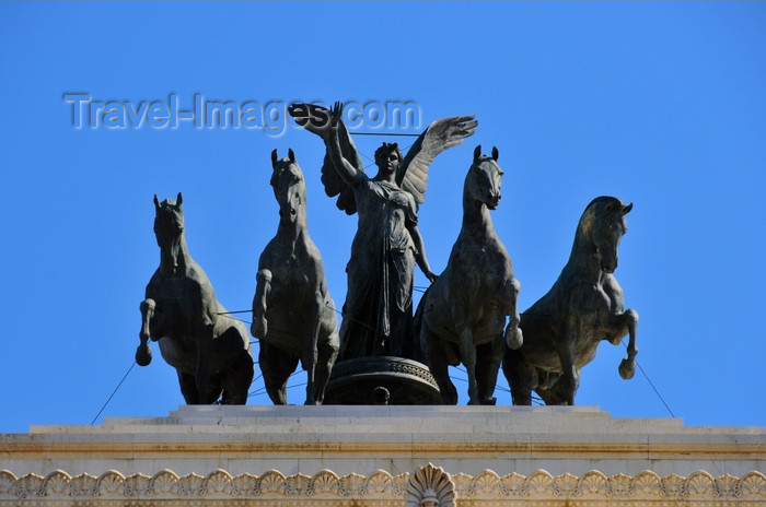italy457: Rome, Italy: Monument of Vittorio Emanuele II - The Vittoriano - Quadriga dell'Unità, sculpture by Carlo Fontana - photo by M.Torres - (c) Travel-Images.com - Stock Photography agency - Image Bank