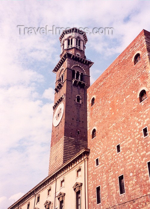 italy46: Verona  - Venetia / Veneto, Italy: tower - Torre dei Lamberti - photo by M.Torres - (c) Travel-Images.com - Stock Photography agency - Image Bank