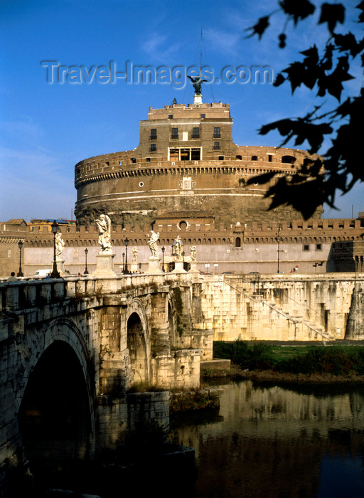 italy482: Rome, Italy:  Castel Sant'Angelo and Ponte Sant'Angelo, Pons Aelius - photo by J.Fekete - (c) Travel-Images.com - Stock Photography agency - Image Bank