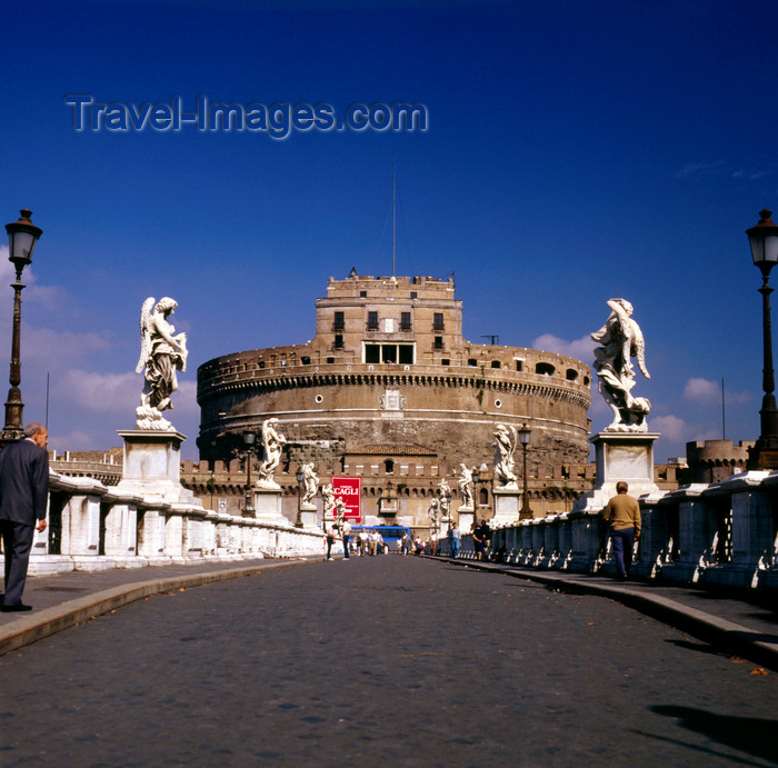 italy488: Rome, Italy:  Castel Sant'Angelo seen from Ponte Sant'Angelo - photo by J.Fekete - (c) Travel-Images.com - Stock Photography agency - Image Bank