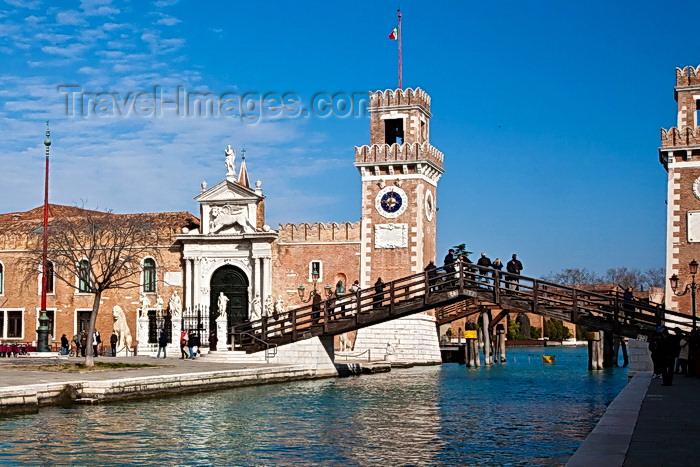 italy497: View on Fondamenta dell'Arsenale, Venice - photo by A.Beaton - (c) Travel-Images.com - Stock Photography agency - Image Bank