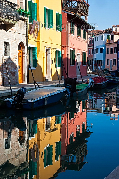 italy504: Burano, Colourful Painted Houses, Reflections, Venice - photo by A.Beaton - (c) Travel-Images.com - Stock Photography agency - Image Bank