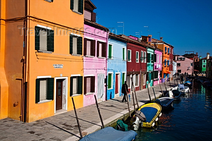italy508: Burano, Colourful Painted Houses, Fondamenta Cavanella, Rio S.Mauro, Venice - photo by A.Beaton - (c) Travel-Images.com - Stock Photography agency - Image Bank