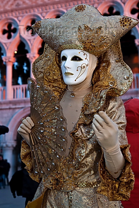 italy516: Carnival participant with Carnival costume in Piazza San Marco, Venice - photo by A.Beaton - (c) Travel-Images.com - Stock Photography agency - Image Bank