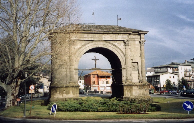 italy52: Aosta / Aoste (Valle d'Aosta, Italy) : Arch of Augustus - photo by M.Torres - (c) Travel-Images.com - Stock Photography agency - Image Bank