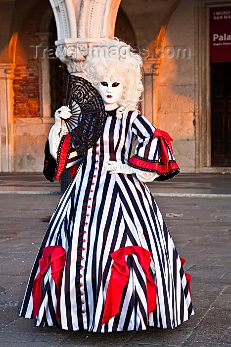 italy536: Carnival participant with Carnival costume in Piazza San Marco, Venice - photo by A.Beaton - (c) Travel-Images.com - Stock Photography agency - Image Bank