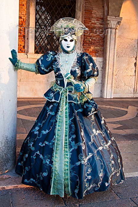 italy537: Carnival participant with Carnival costume in Piazza San Marco, Venice - photo by A.Beaton - (c) Travel-Images.com - Stock Photography agency - Image Bank
