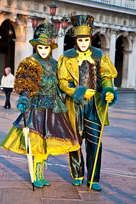 italy541: Carnival participants with Carnival costumes with an Irish theme in Piazza San Marco, Venice - photo by A.Beaton - (c) Travel-Images.com - Stock Photography agency - Image Bank