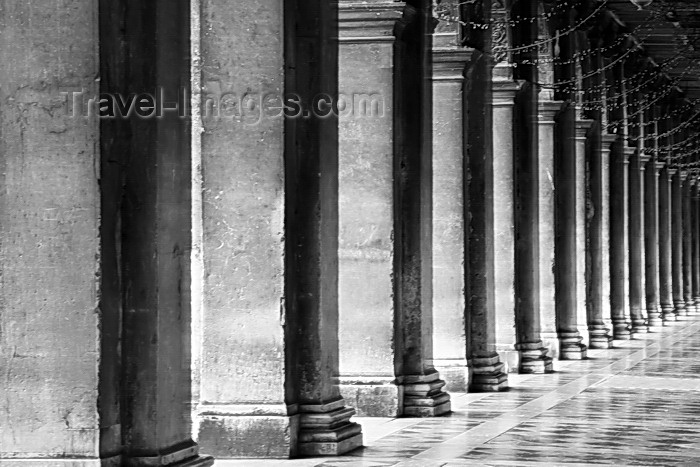 italy542: Piazza San Marco, Procuratie Nuove Arcade, Venice - photo by A.Beaton - (c) Travel-Images.com - Stock Photography agency - Image Bank