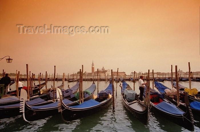 italy96: Italy - Venice / Venezia (Venetia / Veneto) / VCE : gondolas on Riva di Schiavoni - looking at San Giorgio Maggiore island (photo by J.Kaman) - (c) Travel-Images.com - Stock Photography agency - Image Bank