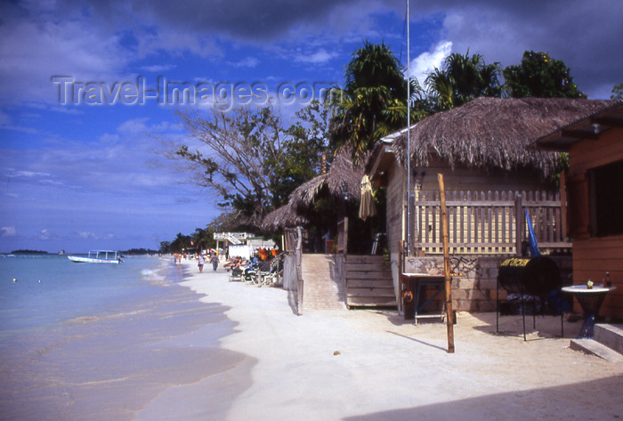 jamaica24: Jamaica - Negril: beach-side café - photo by T.Brown - (c) Travel-Images.com - Stock Photography agency - Image Bank