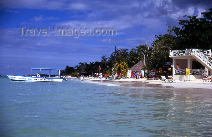 jamaica25: Jamaica - Negril: glass bottom boat - photo by T.Brown - (c) Travel-Images.com - Stock Photography agency - Image Bank