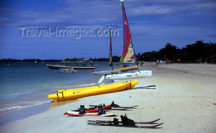 jamaica29: Jamaica - Negril: waterski gear at an all-inclusive resort - aquatic sports - photo by T.Brown - (c) Travel-Images.com - Stock Photography agency - Image Bank