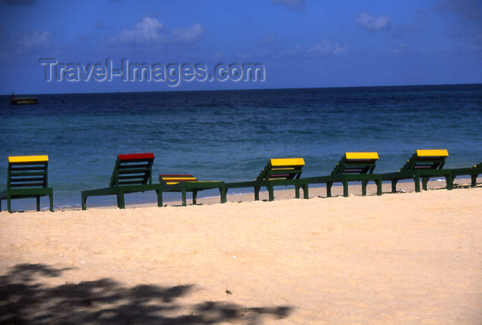 jamaica34: Jamaica - Negril: chairs on the beach - golden sand and Caribbean sea - Sandals - photo by T.Brown - (c) Travel-Images.com - Stock Photography agency - Image Bank