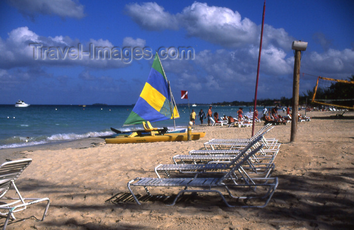 jamaica36: Jamaica - Negril: Caribbean beach scene - photo by T.Brown - (c) Travel-Images.com - Stock Photography agency - Image Bank
