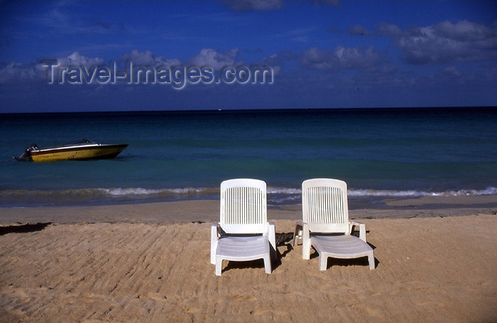 jamaica37: Jamaica - Negril: chairs on the beach - tropical resort - photo by T.Brown - (c) Travel-Images.com - Stock Photography agency - Image Bank