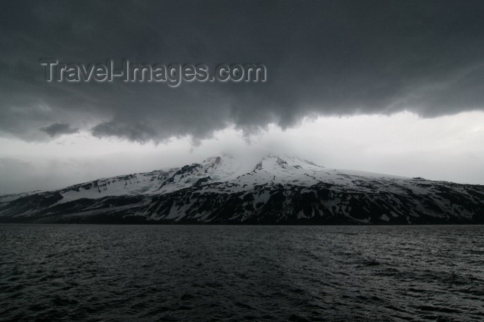 jan-mayen6: Jan Mayen island: sea, clouds and the Beerenberg mountain - 2277 m - Nord-Jan- photo by R.Behlke - (c) Travel-Images.com - Stock Photography agency - Image Bank