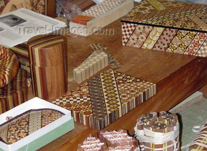 japan54: Japan (Honshu island) Hatajuku - Hakone: Japanese wood craft - Yoseigi-zaiku wooden inlaid work - photo by G.Frysinger - (c) Travel-Images.com - Stock Photography agency - Image Bank