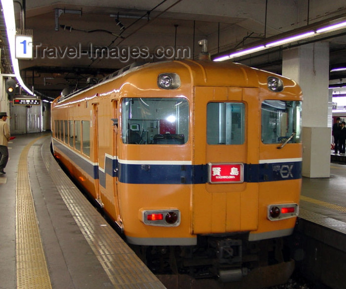 japan55: Japan - Honshu island: Kyoto: local / suburban train - photo by G.Frysinger - (c) Travel-Images.com - Stock Photography agency - Image Bank