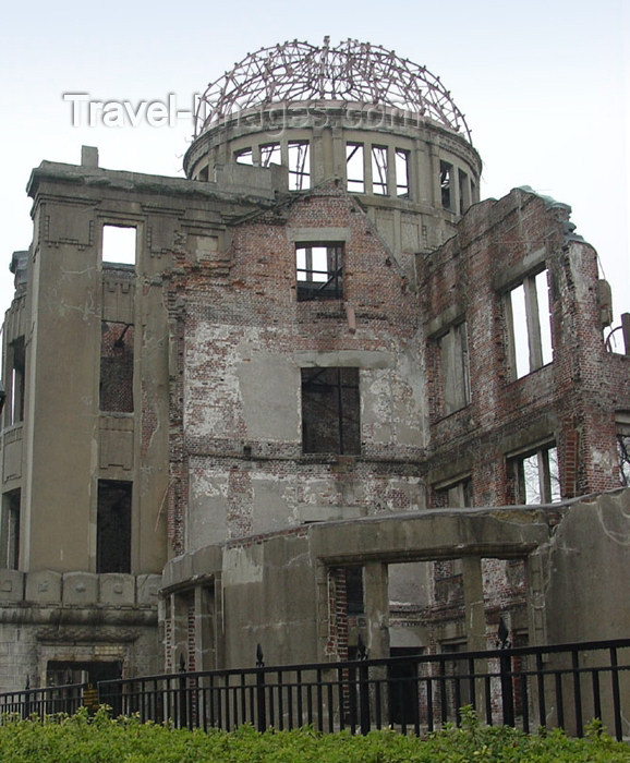 japan58: Japan (Honshu island) Hiroshima - Chugoku region: Hiroshima Peace Memorial (Genbaku Dome - A-Bomb Dome - a remnant of the city at ground zero of its nuclear bombardment - building destroyed the the atom bomb - Unesco world heritage site - photo by G.Frysi - (c) Travel-Images.com - Stock Photography agency - Image Bank