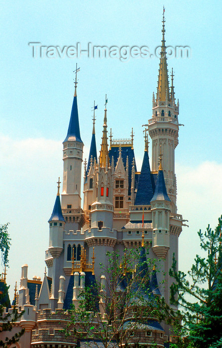 japan92: Disneyland - Sleeping Beauty Castle, Tokyo, Japan. photo by B.Henry - (c) Travel-Images.com - Stock Photography agency - Image Bank