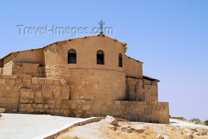 jordan107: Mount Nebo, Faysaliyah - Madaba governorate - Jordan: modern structure protecting the Byzantine basilica - photo by M.Torres - (c) Travel-Images.com - Stock Photography agency - Image Bank