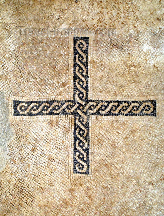 jordan110: Mount Nebo - Madaba governorate - Jordan: braided cross in the basilica - Memorial of Moses - photo by M.Torres - (c) Travel-Images.com - Stock Photography agency - Image Bank