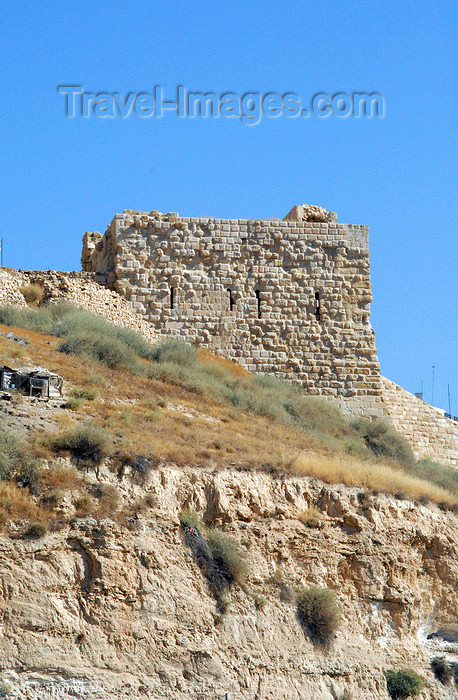 jordan128: Al Karak - Jordan: Crac des Moabites castle -  ruined tower in the Crusader stronghold - photo by M.Torres - (c) Travel-Images.com - Stock Photography agency - Image Bank