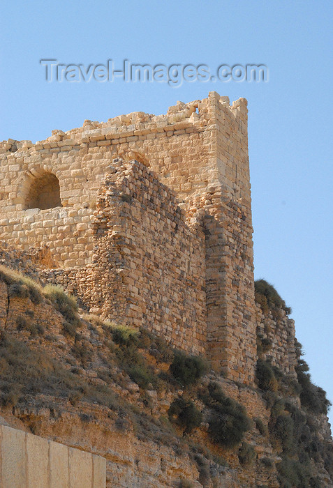 jordan133: Al Karak - Jordan: Crac des Moabites castle - view of the keep - photo by M.Torres - (c) Travel-Images.com - Stock Photography agency - Image Bank