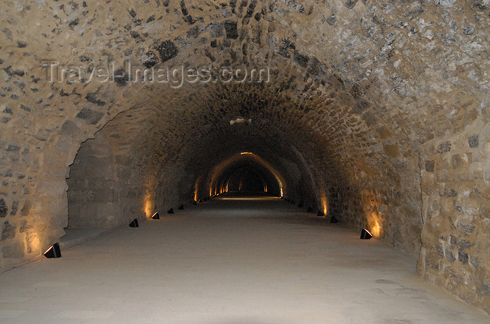 jordan136: Al Karak - Jordan: Crac des Moabites - large hallway in the basement of the Crusader's castle - photo by M.Torres - (c) Travel-Images.com - Stock Photography agency - Image Bank