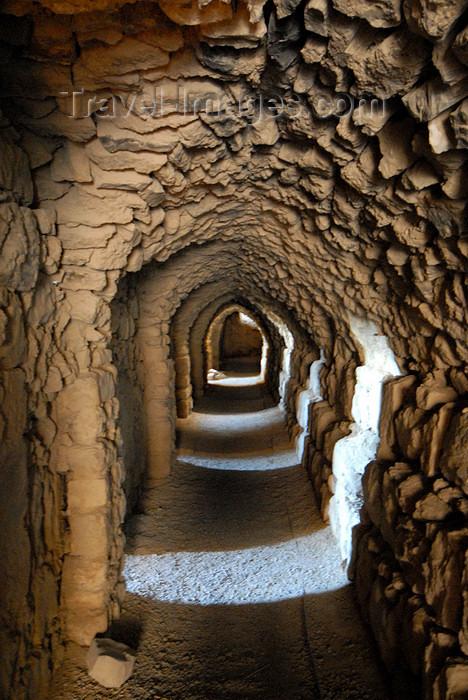 jordan139: Al Karak - Jordan: Crac des Moabites castle - passage - photo by M.Torres - (c) Travel-Images.com - Stock Photography agency - Image Bank