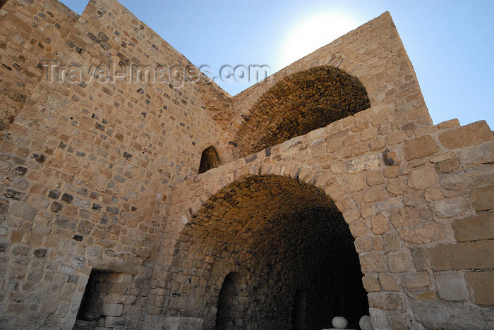 jordan145: Al Karak - Jordan: Crac des Moabites castle - at the stables - photo by M.Torres - (c) Travel-Images.com - Stock Photography agency - Image Bank